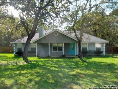 La Vernia Single Family Home New: 104 Shadow Woods