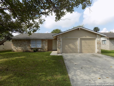 Bexar County Single Family Home New: 8423 Bent Waters