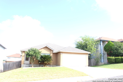 Bexar County Single Family Home New: 7923 Chestnut Barr Dr