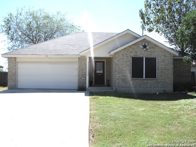 Atascosa County Single Family Home New: 120 Ocotillo