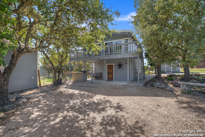 Single Family Home For Sale: 612 Mockingbird Dr