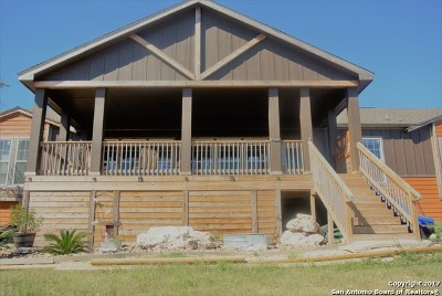 Comal County Manufactured Home New: 2435 Lone Oak Rd