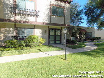 San Antonio Single Family Home New: 6826 Crown Rdg