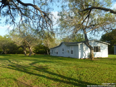 Medina County Single Family Home Active RFR: 579 County Road 583
