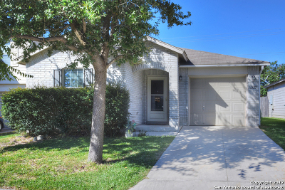 San Antonio Single Family Home New: 1523 Range Fld