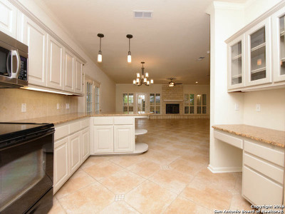 San Antonio Single Family Home New: 8 Barcom Ct