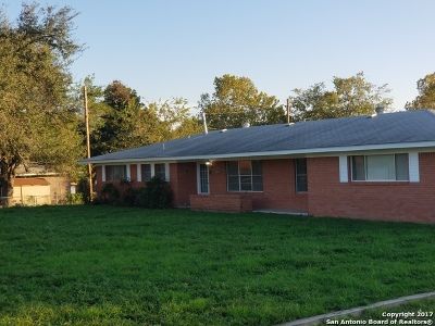 Medina County Single Family Home New: 1103 W Hondo Ave
