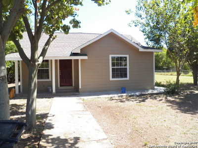 Bexar County Single Family Home New: 1262 W Pyron Ave