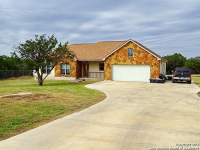 Bandera County Single Family Home For Sale: 605 Riverside Drive