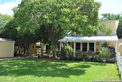 Single Family Home For Sale: 807 14th St