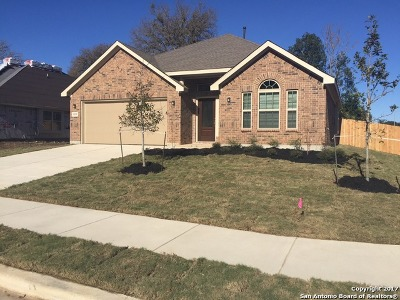 Schertz Single Family Home For Sale: 11531 Hansons Forest