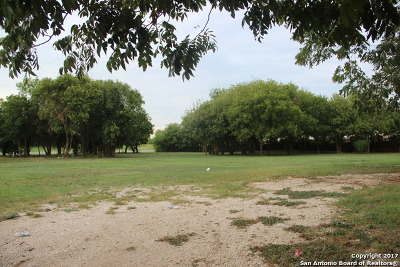 Guadalupe County Residential Lots & Land For Sale: 911 E Seideman Street