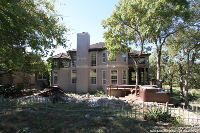 Boerne Single Family Home For Sale: 62 Falls Ter