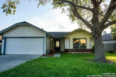Single Family Home For Sale: 7958 Wayword Trl