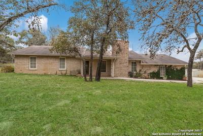 Wilson County Single Family Home For Sale: 1040 Bluebonnet Ln
