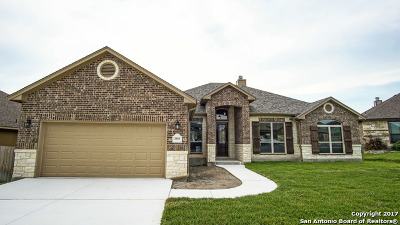 New Braunfels Single Family Home Back on Market: 2250 Sun Rim Way