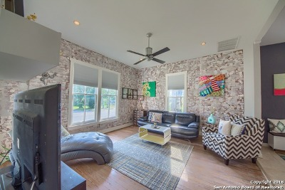 Single Family Home For Sale: 905 W Ashby Pl