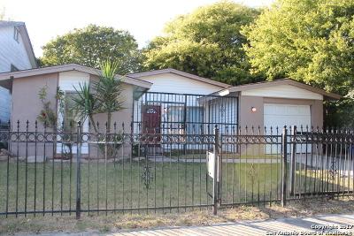Single Family Home Price Change: 835 Spring Park St
