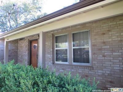 Seguin Single Family Home For Sale: 1423 Mockingbird Ln