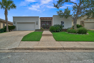 New Braunfels Single Family Home For Sale: 33 Laurel Trl