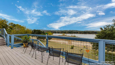 Boerne Single Family Home For Sale: 175 Lake Front Dr
