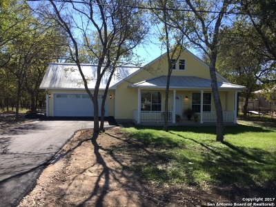 Hondo Single Family Home For Sale: 1131 New Fountain Road