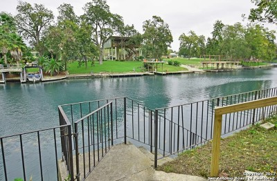 Comal County Single Family Home For Sale: 1695 Kuehler Ave