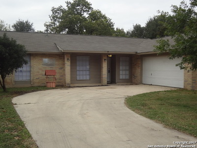 Single Family Home Price Change: 2703 Lakebriar St