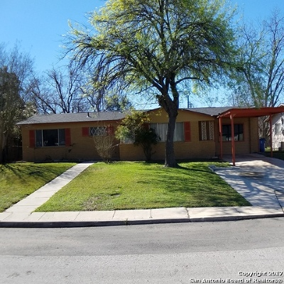 Single Family Home For Sale: 5206 Cinderella St