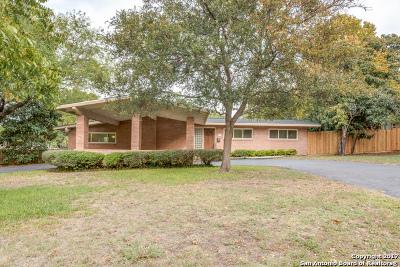 Single Family Home New: 111 Oakhurst Pl