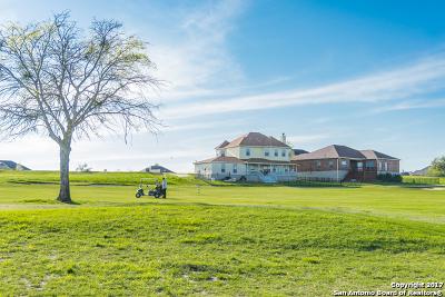 Floresville Single Family Home New: 112 Grand Vw
