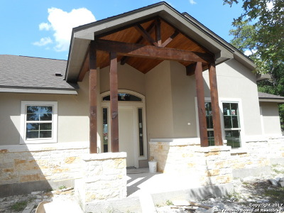 Havenwood At Hunters Crossing Single Family Home For Sale: 2562 Otter Way