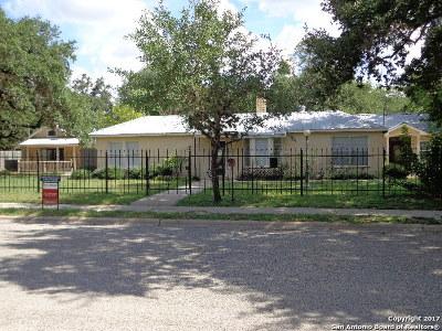 Pleasanton Single Family Home For Sale: 620 San Antonio St