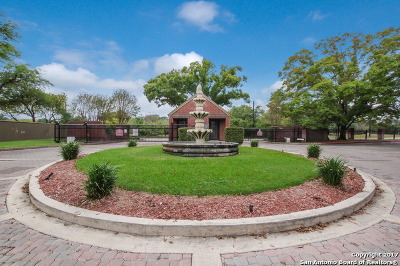 San Antonio Condo/Townhouse Back on Market: 7930 Roanoke Run #602