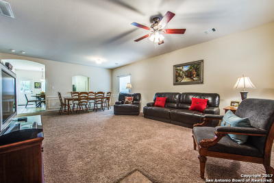 San Antonio Single Family Home New: 406 Willow Grove Dr