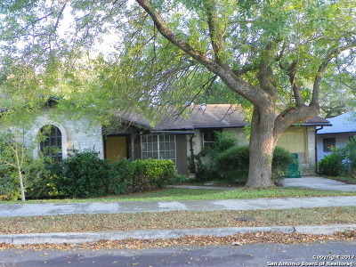 Bexar County, Comal County, Guadalupe County Single Family Home For Sale: 7014 Forest Crest St