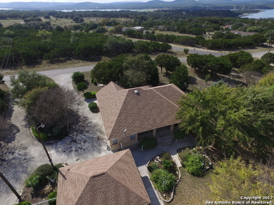 Bandera County Single Family Home For Sale: 205 Country Meadow Ln