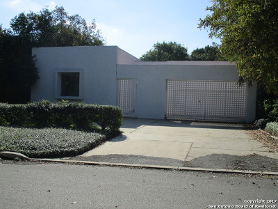 Olmos Park Single Family Home For Sale: 230 Parklane Dr