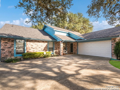 Boerne Single Family Home For Sale: 29712 Saddleback Cir