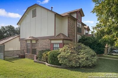 San Antonio Single Family Home New: 9302 Laurel Grv