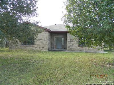 Bexar County, Comal County, Guadalupe County Single Family Home For Sale: 21027 Gregory Ln