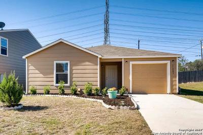 San Antonio Single Family Home For Sale: 11003 Rosin Jaw Trl