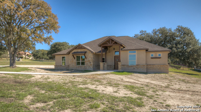 New Braunfels Single Family Home Price Change: 215 Glen Hvn