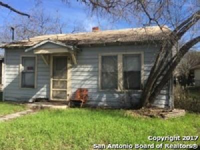 Seguin Single Family Home For Sale: 1623 Chapman St
