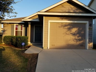 Converse Single Family Home For Sale: 2318 Cloudbait Vw