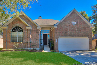 Schertz Single Family Home For Sale: 704 Broadleaf