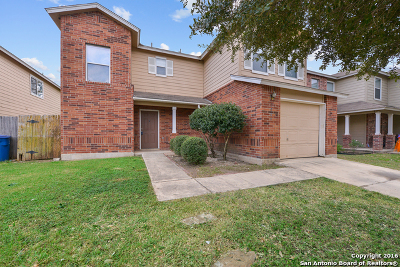 Bexar County Single Family Home For Sale: 7906 Meadow Way Ct