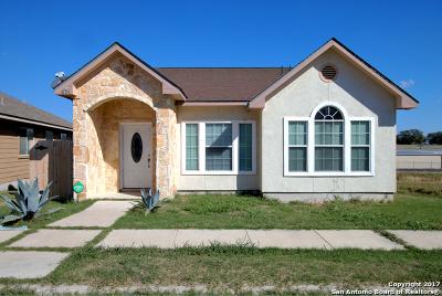 Universal City Single Family Home Price Change: 634 Meadow Arbor Ln