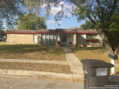 Bexar County Multi Family Home For Sale: 5735 Alnwick St
