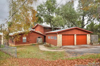 Canyon Lake Single Family Home For Sale: 1218 Oakridge Ln